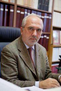 Il prof. Claudio Ciociola